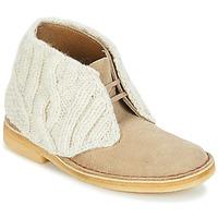 Zapatos Mujer Botas de caña baja Clarks DESERT BOOT Arena / Combi