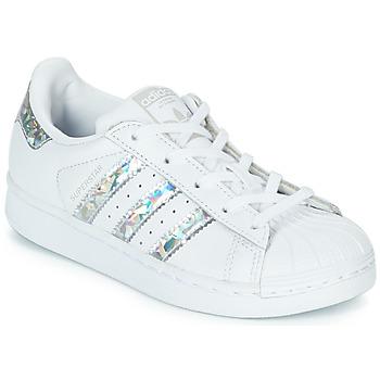 Zapatos Niña Zapatillas bajas adidas Originals SUPERSTAR C Blanco / Plata