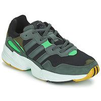 Zapatos Hombre Zapatillas bajas adidas Originals YUNG 96 Gris / Verde