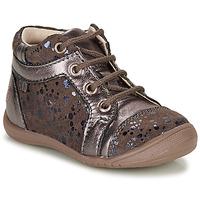 Zapatos Niña Botas de caña baja GBB OMANE Beige