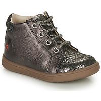 Zapatos Niña Zapatillas altas GBB FAMIA Gris / Plata
