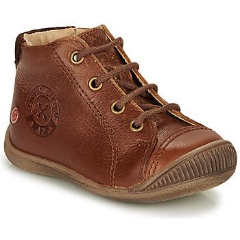 Zapatos Niño Botas de caña baja GBB NOE Marrón