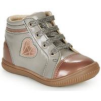 Zapatos Niña Zapatillas altas GBB OTANA Gris / Rosa