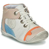 Zapatos Niño Botas de caña baja GBB PAOLO Blanco / Beige / Azul