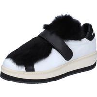 Zapatos Mujer Zapatillas bajas Manuel Barcelo sneakers cuero piel blanco