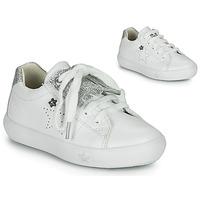 Zapatos Niña Zapatillas bajas Ikks MOLLY Blanco / Plata