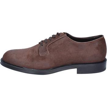 Zapatos Hombre Derbie & Richelieu Triver Flight elegantes gamuza marrón