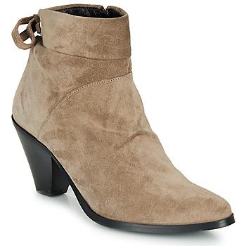 Zapatos Mujer Botines Regard RAKAF V3 CRTE VEL SILKY Beige