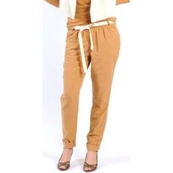 textil Mujer Pantalones fluidos American Vintage PANTALON LEA139 CUMIN Amarillo