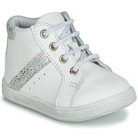 Zapatos Niña Zapatillas altas GBB AGLAE Blanco
