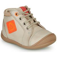 Zapatos Niño Zapatillas altas GBB TARAVI Beige