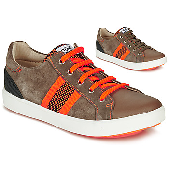 Zapatos Niño Zapatillas bajas GBB ANTENO Marrón / Naranja