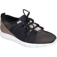 Zapatos Hombre Zapatillas bajas Alexander Smith BR635 beige
