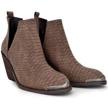 Zapatos Mujer Low boots Exé Shoes BOTÍN ESTILO CAMPERO BROWN SNAKE WEST-588 Color Marrón