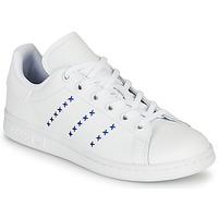 Zapatos Niños Zapatillas bajas adidas Originals STAN SMITH J Blanco / Azul