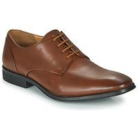 Zapatos Hombre Derbie Clarks GILMAN PLAIN Marrón