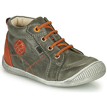 Zapatos Niño Botas de caña baja GBB OLAN Gris