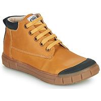 Zapatos Niño Zapatillas altas GBB SHEN Cognac