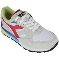 Zapatos Zapatillas bajas Diadora n9002 c3267 Beige