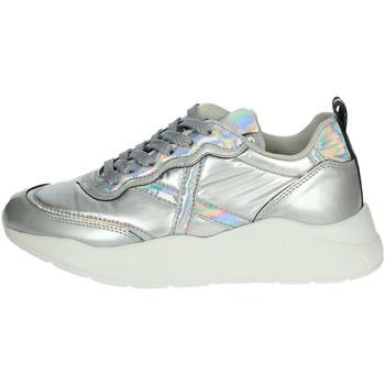 Zapatos Mujer Zapatillas bajas Munich 8770022 Plata
