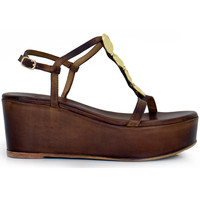 Zapatos Mujer Sandalias Exé Shoes SANDALIA CUÑA DE PIEL MARRÓN CON DETALLES DORADOS 635 MAJURCA Color Marrón