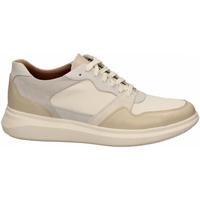 Zapatos Hombre Zapatillas bajas Clarks UN GLOBE RUN white