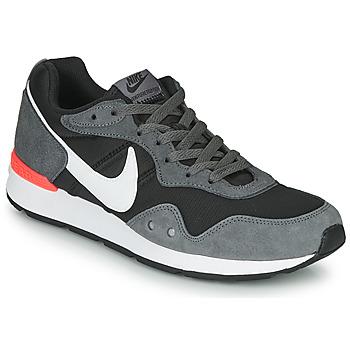 Zapatos Hombre Zapatillas bajas Nike VENTURE RUNNER Negro / Gris / Blanco