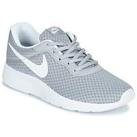 Zapatos Mujer Zapatillas bajas Nike TANJUN Gris / Blanco