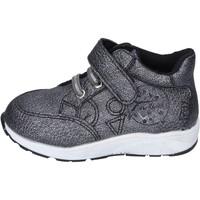 Zapatos Niña Zapatillas bajas Fiorucci sneakers cuero sintético plata