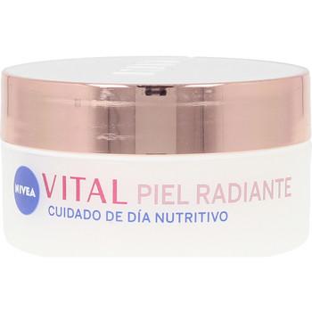 Belleza Mujer Hidratantes & nutritivos Nivea Vital Radiante Cuidado Día Nutritivo  50 ml