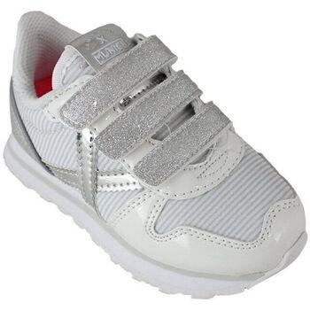 Zapatos Niños Zapatillas bajas Munich mini massana vco 8207375 Blanco