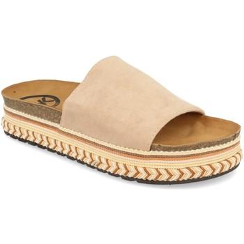 Zapatos Mujer Zuecos (Mules) Woman Key CZ-10095 Beige