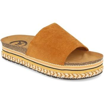 Zapatos Mujer Zuecos (Mules) Woman Key CZ-10095 Camel