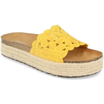 Zapatos Mujer Zuecos (Mules) Festissimo YT5551 Amarillo