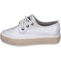 Zapatos Niña Zapatillas bajas Xti sneakers cuero sintético plata