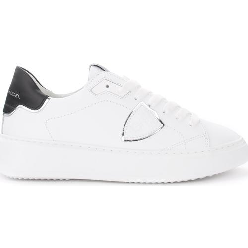 Zapatos Mujer Zapatillas bajas Philippe Model Zapatilla Temple de piel blanca con alerón negro y plata Blanco