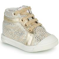 Zapatos Niña Zapatillas altas GBB NAVETTE Oro