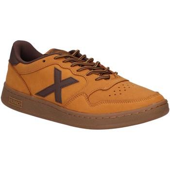 Zapatos Hombre Multideporte Munich 4011018 ARROW Amarillo