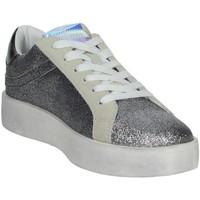 Zapatos Mujer Zapatillas bajas Shop Art SA0300 Plata