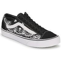 Zapatos Zapatillas bajas Vans STYLE 36 Negro / Blanco