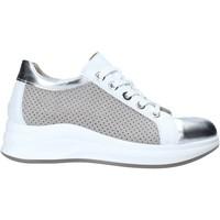Zapatos Mujer Zapatillas bajas Comart 5C3427 Gris