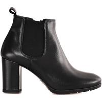 Zapatos Mujer Botines Mally 5500 Negro