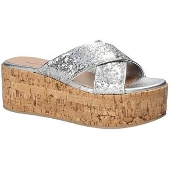 Zapatos Mujer Zuecos (Mules) Fornarina PE18RO2916 Gris
