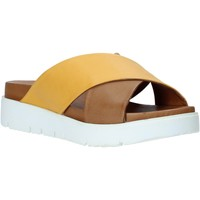 Zapatos Mujer Zuecos (Mules) Bueno Shoes 9N3408 Marrón