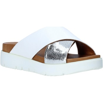 Zapatos Mujer Zuecos (Mules) Bueno Shoes 9N3408 Blanco