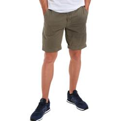 textil Hombre Shorts / Bermudas Gaudi 011BU25023WC Verde