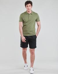 textil Hombre Shorts / Bermudas Lacoste SHOSTA Negro
