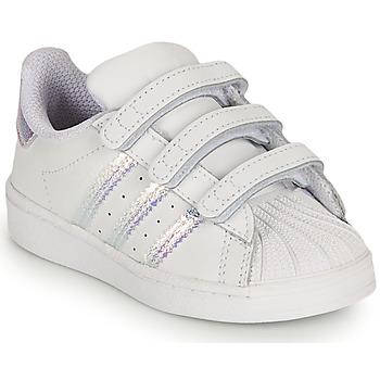Zapatos Niña Zapatillas bajas adidas Originals SUPERSTAR CF I Blanco / Iridescent