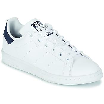 Zapatos Niños Zapatillas bajas adidas Originals STAN SMITH J SUSTAINABLE Blanco / Marino / Vegan
