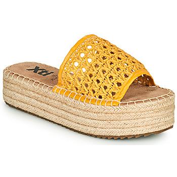 Zapatos Mujer Zuecos (Mules) Xti FREDI Amarillo